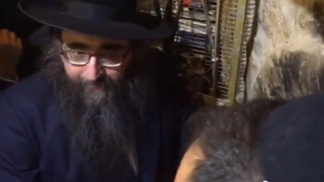 """הרב פינטו במערת רבי שמעון בר יוחאי זיע""""א"""