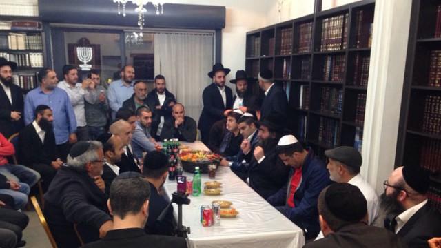 הרב פינטו – שיעור שהתקיים בישיבה בתל אביב